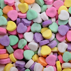 blog heading with candy hearts