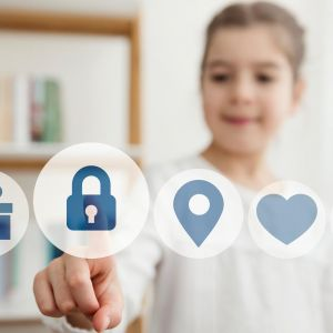 keeping-kids-safe-online header